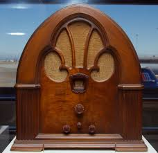 "A Philco ""Cathederal"" radio from the 1930s. Attribution Wiki Commons."